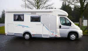 2010 Chausson Welcome 72 motorhome, 3 berths, 4 belts.
