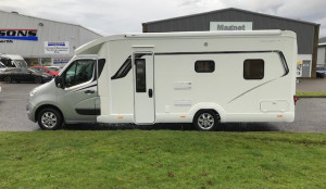 Lunar Roadstar Ti  4 Berth