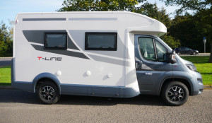 Roller Team T-Line 590 140 BHP  4 Berth