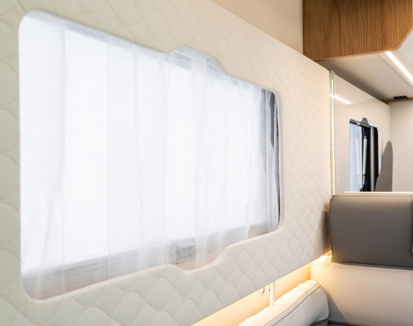 2020 Roller Team T-Line 590 (Automatic) New Motorhome window