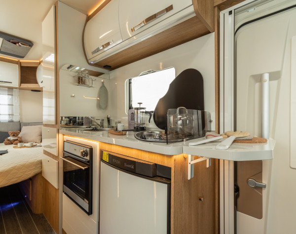 2020 Roller Team Auto-Roller 746 Automatic Motorhome